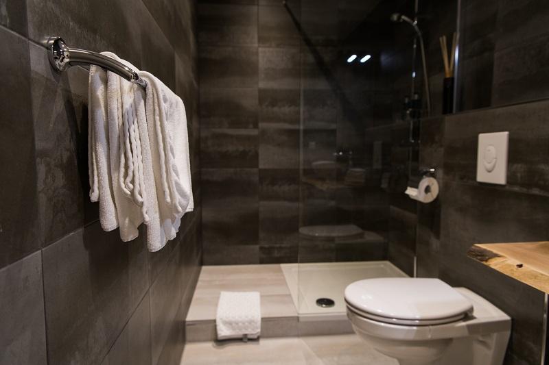 Domek mobilny - wnętrze łazienki