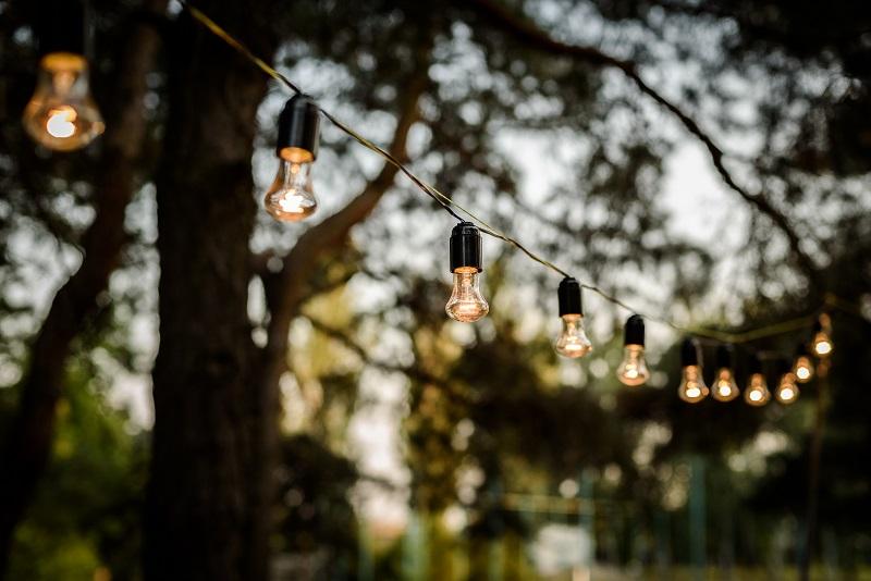 Oświetlenie zewnętrzne domku mobilnego ⭐ Dreamwoodhouse
